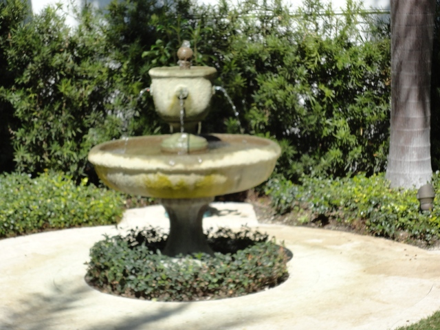 Bubbling Fountain