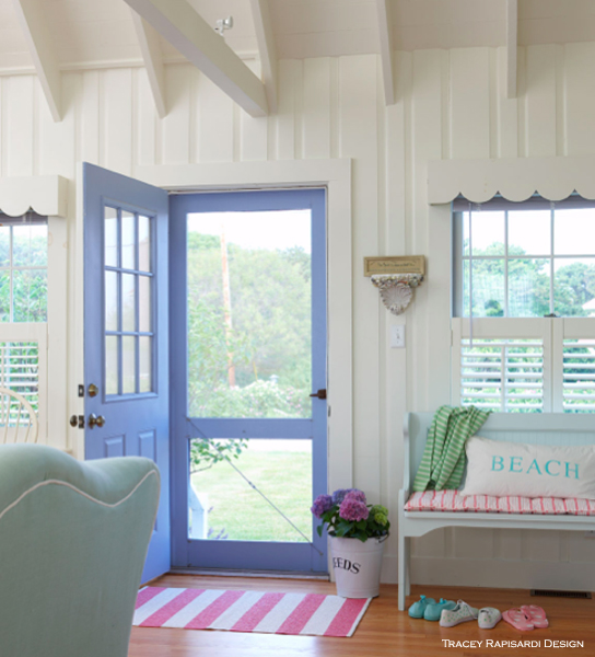 Cottage style tracey rapisardi style for Beach cottage interior designs